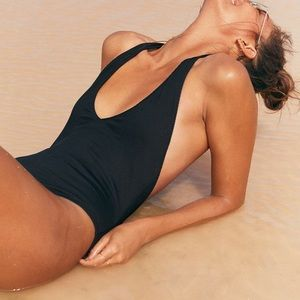 Aerie Ribbed Super Plunge One Piece